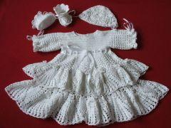 komplet do chrztu sukieneczka czapeczka bucikina szydelku biale