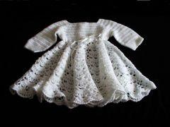 sukienkeczka do chrztu na szydelku